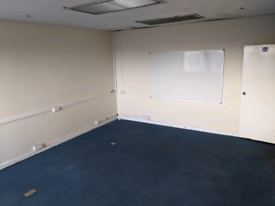 Room to let for offices or Storage