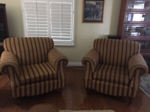 Accent chairs for living room!
