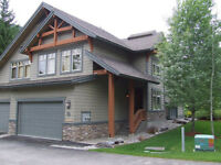 GOLF WEEKEND? 4 BR PANORAMA, BC VACATION HOME AVAILABLE!