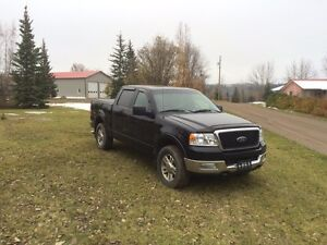 For sale 2005 ford f150 lariat 4x4