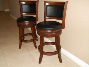 2 COUNTER STOOLS