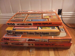 vintage collection HO electric train sets and layout