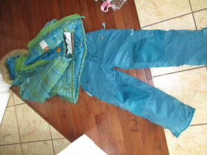 Girls winter jacket and snow pants suit Size 10