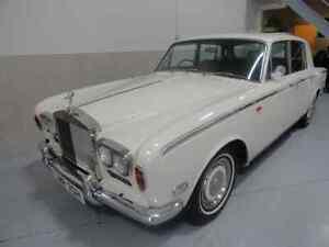 Tres belle Rolls Royce antique 1970