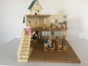 Calico critters lot.