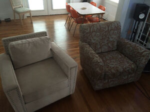 2 Accent Chairs for Sale - Excellent Condition.