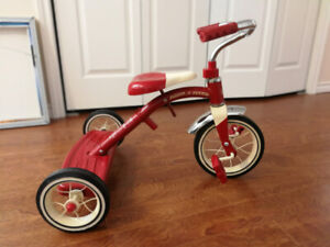 Radio Flyer Classic Red Tricycle (Like new condition)