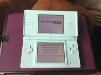 Pastel blue Nintendo ds console very good condition no charger