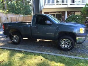 *REDUCED* 2007 GMC Sierra 1500 OFF ROAD EDITION Pickup Truck