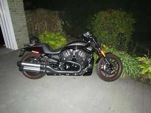 Night Rod Spécial Vivid Black