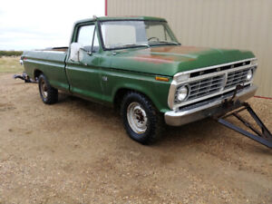 1974 Ford F-250 390 4spd 90% solid
