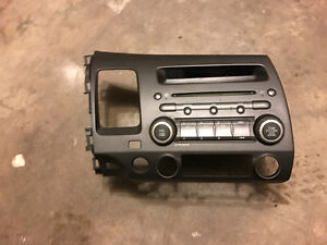 For Sale: 2009 Honda Civic Radio Insert