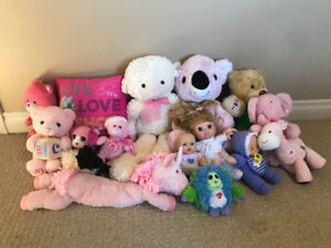 A LOT of Animal Stuffies and Dolls (sell together)
