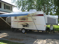 2010 Rockwood Roo 17 with Reese Hitch System