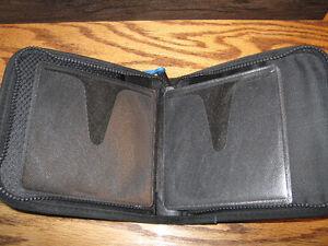 CD/DVD CARRYING CASE Regina Regina Area image 3