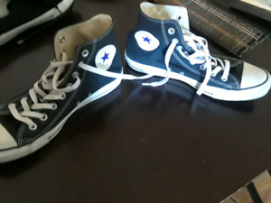 Converse Chuck Taylor all star high tops- men's 8 woman's sz10