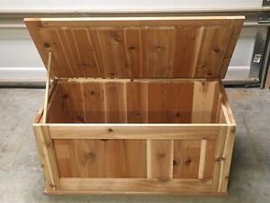 Cedar blanket storage chest Cambridge Kitchener Area image 2