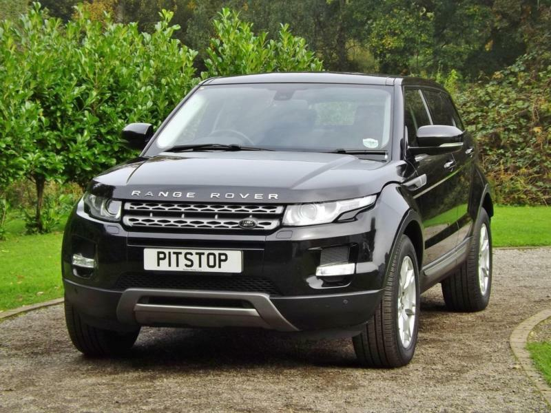 land rover range rover evoque 2 2 sd4 pure tech diesel manual 2013 13 in horley surrey gumtree. Black Bedroom Furniture Sets. Home Design Ideas