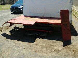 Table lift hydraulique
