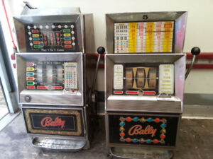 OLD BALLY 60'S & 70'S SLOT MACHINE WORKING OR NOT CASH PAID