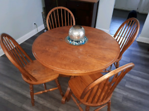 Ruttle brothers made solid oak table