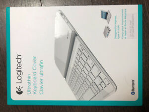 LOGITECH ULTRATHIN KEYBOARD COVER - barely used
