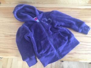 Vêtements pour enfants  # 17- B)        24 mois
