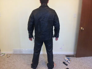 Hot Leathers Genuine Leather Motorcycle Suit Cambridge Kitchener Area image 4