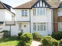 3 bedroom house in Elm Park Gardens, HENDON, NW4