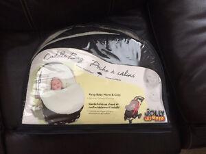 Cuddle Bag by Jolly Jumper