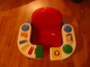 magnifique chaise Fisher Price