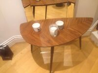 Rockabilly styled table to sale!