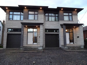 Central Location 4 Bedrooms