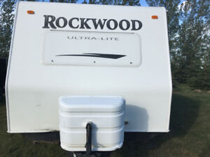 2010 Rockwood UltraLite 2701SS, 32ft, sleeps 6-8
