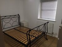 1 double room - looking for a GOOD flat mate!!!!!
