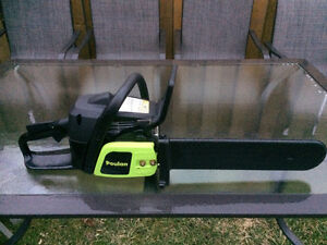 Poulan 38CC Gas Chainsaw, 16-in Excellent Condition