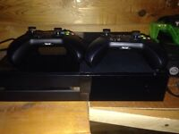 Xbox one and 13 games 2 controllers