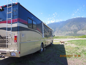 2003 Fleetwood Bounder for sale