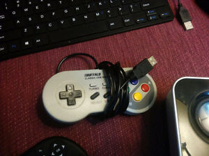 SNES USB Controller (Windows only)