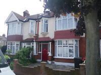 4 bedroom house in Ederline Avenue, Norbury, London , SW16