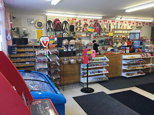 Beautiful Fully Equipped Convenience Store Complete i