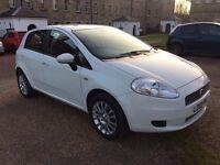 Fiat Punto Punto 1.4 8v Dynamic 5dr (white) 2009