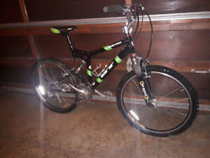 Gt Xcr 5000 Mountain Bike i-Drive Dual Suspension Large Size