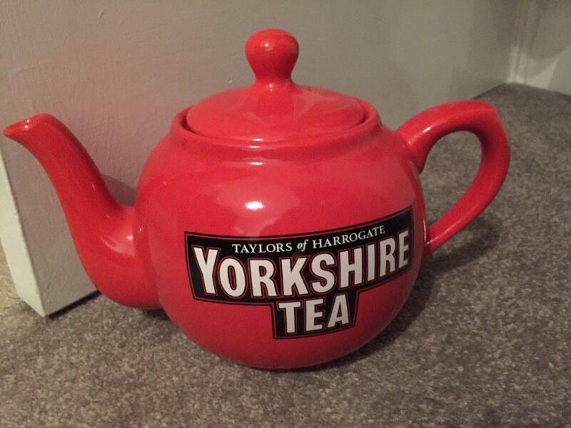 Taylors of Harrogate Yorkshire Tea Pot in York North  : 86 from www.gumtree.com size 800 x 600 jpeg 58kB