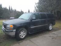 2004 GMC Yukon SLT XL SUV, 4x4 $3500. OBO