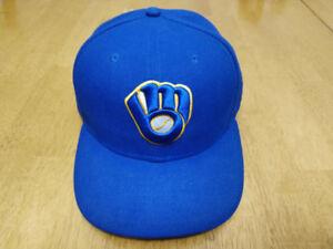 """New Era 59Fifty Milwaukee Brewers Baseball Hat - Size 7 3/8"""""""