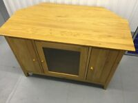 Natural Oak TV Stand / Wi-Fi in Great Condition without Damage.