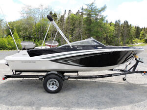 2017 Glastron GT 187 and GTS 187 Jet Boats