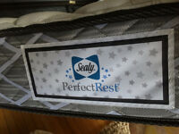 Sealy single mattress - 6 months old. RRP 400$