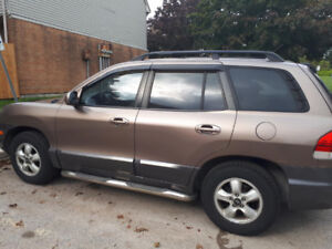 Hyundai Santa Fe ** Certified ** New Tires** Make me an Offer